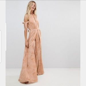 The Jetset Diaries Sierra Cold Shoulder Maxi Dress